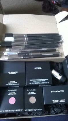 MAC parcel delivery for Love Bird Makeup ( Gloucestershire & Cotswolds ) based artist.