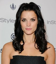 Jaimie Alexander - InStyle Summer Soiree in West Hollywood Jaimie Alexander, Jamie Alexander Hair, Beautiful Gorgeous, Absolutely Gorgeous, Beautiful Ladies, Beautiful Celebrities, Beautiful Actresses, Summer Poses, Hot Brunette