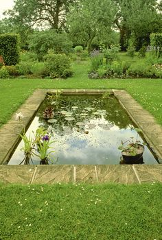 Need a reflecting pond in a traditional garden