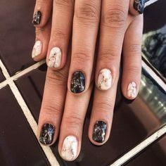 Gel marble nail art done by Disco Nails in Shibuya Tokyo