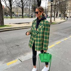 Not the first dad blazer you've spotted today 📸 🔎 COLLUSION boxy blazer dress in check Outfits Otoño, Blazer Outfits, Blazer Dress, Fashion Outfits, Hijab Fashion, Fashion Beauty, Fashion Tips, Fall Winter Outfits, Autumn Winter Fashion