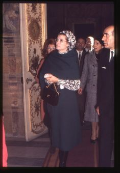 RARE! UNPUBLISHED pictures of Princess Grace and her family by Umberto Pizzi.PRINCESS GRACE VISITS THE CAPITOLINI MUSEUMS IN ROME 1969.