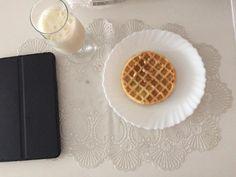 #waffles #instafood #smoothie #bananasmoothie #breakfast