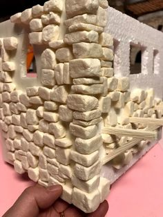 1 million+ Stunning Free Images to Use Anywhere Primitive Christmas Crafts, Christmas Nativity Scene, Miniature Crafts, Miniature Houses, Doll House Crafts, Outdoor Garden Decor, Free To Use Images, Paper Clay, Tabletop Games