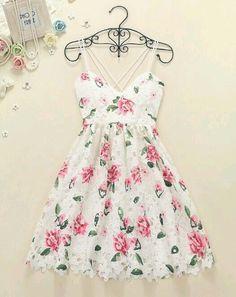 Pretty High Quality Floral Lace Dre