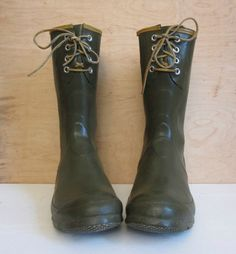 70's moss green steelshank and leather lace up by foxandfawns on Etsy  http://www.etsy.com/listing/87974263/70s-moss-green-steelshank-and-leather?ref=tre-2026637111-2