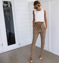 These trousers are AMAZING. Pair with your favorite crop top and jacket for the perfect fall outfit.