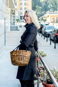 Wicker Beach tote bag, Straw beach bag, Wicker market bag, Picnic basket, Shopping basket, Brown tote, French wicker basket, Handmade bag Our wicker bag are very durable and wear-proof, but at the same time very lightweight, usable and beautiful. It can b