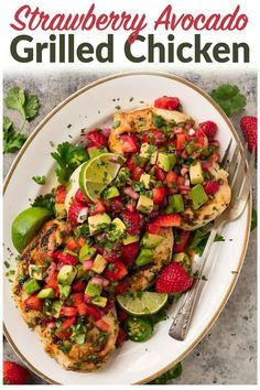 Cilantro Lime Strawberry Chicken with Avocado. A healthy, fresh meal! Juicy grilled chicken in a cilantro lime marinade, topped with fresh strawberry salsa and avocado. Paleo, and gluten free. via dinner plating Strawberry Chicken with Avocado Cilantro Lime Marinade, Cilantro Lime Chicken, Avocado Chicken, Paleo Dinner, Dinner Recipes, Strawberry Recipes Dinner, Strawberry Salsa, Flank Steak, Ground Beef Recipes