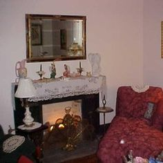 Cozy common area in the parlor Green Cove Springs, River Park, Old Florida, Common Area, Antique Shops, United States, Cozy, Places, Home Decor