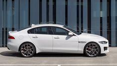 2013 Jaguar, Jaguar Xe, Jaguar F Type, Jaguar Cars, New Porsche, Sports Sedan, Modern Architecture House, Bmw 3 Series, Dream Cars