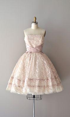 vintage 1950s dress / 50s lace dress / Alyssum dress via Etsy.