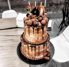 How amazing is this cake! did an incredible job 🙌🏼 the top part was vanilla and the bottom was chocolate and it was… Elegant Birthday Cakes, Beautiful Birthday Cakes, Birthday Cakes For Men, Pretty Cakes, Cute Cakes, Chocolate Drip Cake, Naked Cake, Crazy Cakes, Cute Desserts