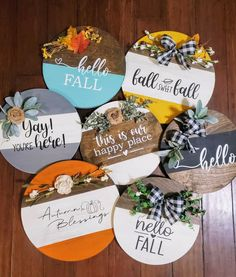 Fall Crafts, Holiday Crafts, Crafts To Make, Diy Crafts, Wooden Door Signs, Diy Wood Signs, Cricut Craft Room, Fall Projects, Dollar Tree Crafts