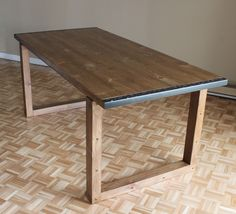 Comment faire une table à manger – EP10 Fabrication Table, Table Palette, Diy Dining Table, Dining Rooms, Table Design, Floor Rugs, Drafting Desk, Sweet Home, Indoor