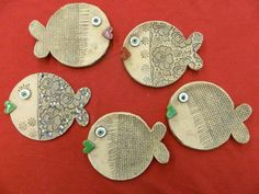 Paper Clay, Clay Projects, Pottery, Fish, Biscuit, Crafts, Christmas Crafts, Ceramica, Manualidades