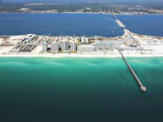 Navarre Beach from the air, courtesy of Navarre Properties, http://www.beachguide.com/Navarre/BeachHouses