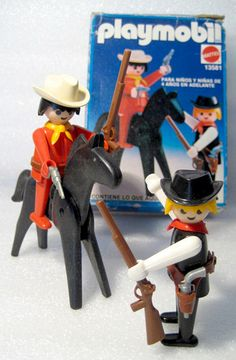 I would've forgotten about these forever had I not seen the picture! Playmobil cowboys