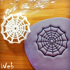 SIZE: - Web: Approximately by inches by 3 inches) - Spider: Approximately by inches by 3 inches) thickness of dough will be perfect inch) ESSENTIAL TIPS: ♥ For easy release of dough, remember to coat the cutter with icing sugar/ flour before cutting Cookie Dough, Cookie Cutters, Cookie Stamp, Cake Decorating Tools, Cookie Decorating, Halloween Biscuits, Stencils, Web Patterns, Baking Items