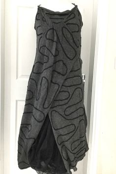 gorgeous ZUZA BART 100% linen quirky dress size LARGE black & GREY