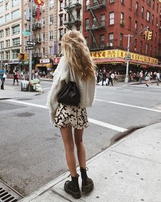 Modetrends Sommer Das sind die Fashion Must-haves - Page 68 of 367 Idee di Tendenza Alla Moda Divertenti Pazzi 🍚 Summer Fashion Trends, Fashion Week, Look Fashion, Winter Fashion, Lifestyle Fashion, Classy Fashion, Fashion 2018, New York Fashion, Fashion Models