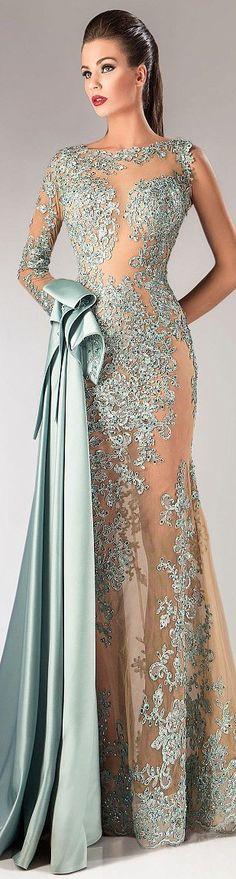 Very elegant Hanna Toumajean Fall-winter Stunning Dresses, Beautiful Gowns, Elegant Dresses, Pretty Dresses, Sexy Dresses, Beautiful Outfits, Prom Dresses, Glamorous Dresses, Quinceanera Dresses