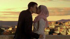 Morey y Fatima se besan por primera vez. alex gonzalez, hiba abouk, love, passion, couple, pareja, pasión, fatima ben barek, javier morey, forever, para siempre, beso, kiss