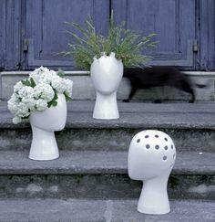 Original wig vase by Tania da Cruz