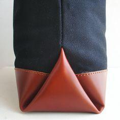 leather corner detail
