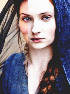 like mother, like daughter. wow didn't realize just how perfectly those two were cast.  #Catelyn #Sansa #GameofThrones