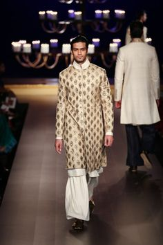 Sherwani by Manish Malhotra at ICW 2014