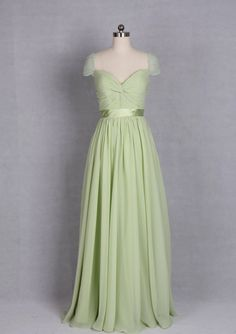 V-neck Evening Dress with Beaded Cap Sleeves made door harsuccthing