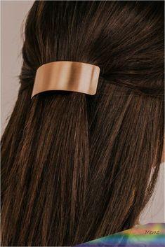 Chocolate Brown Hair Color, Brown Hair Colors, Light Brown Hair, Dark Hair, Brown Hair Pale Skin, Dark Brown, Brown Curls, Burgundy Hair, Ombre Hair