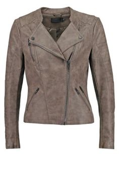 ONLAVA - Giacca in similpelle - falcon @ Zalando. Suede Jacket, Faux Leather Jackets, Taupe, Must Haves, Military Jacket, Clothes For Women, Chic, My Style, Stuff To Buy