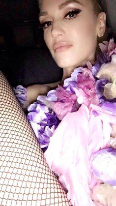 Gwen Stefani - Sexy!!! So damn HOT