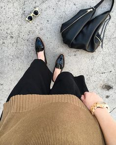 // minimalist basics // today's #ootd features two of my favorite minimalist brands! see more on www.jeansandateacup.com!