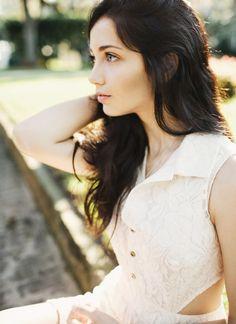 Emily Rudd, Women, Model, Blue Eyes, Depth Of Field, Sunlight, Hands On Head, White Dress, Looking Away Wallpaper HD
