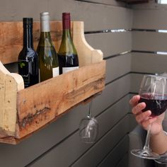 Pallet Wine Rack Furniture Ideas Upcycled Home Decor Regarding . Wooden Pallet Projects, Pallet Crafts, Diy Pallet Furniture, Diy Furniture Projects, Wooden Pallets, Wooden Diy, Pallet Ideas, Diy Crafts, Fun Projects