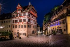 The center building was the home of the painter Albrecht-Dürer. Nuremberg Germany, Bavaria Germany, Albrecht Durer, Europe, Mansions, Places, Germany, Nun, Bavaria