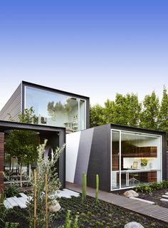 Modern Masterpiece With A Touch Of Zen In The Heart Of Australia