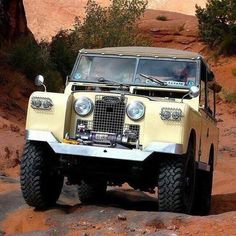 Land Rover Models : The original Mars Rover (by the looks of the red sand). Defender 90, Land Rover Defender 110, Landrover Defender, Land Rovers, Land Rover Models, Land Rover Series 3, Motorhome, Best 4x4, Colani