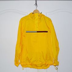 TOMMY HILFIGER 90's Vintage Windbreaker Jacket Pullover XL Yellow ($141) ❤ liked on Polyvore featuring activewear, activewear jackets, yellow pullover, sweater pullover, vintage sportswear and vintage pullover