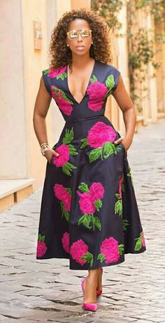 Cute Ankara Styles that are perfect to Rock this Weekend The Nigerian fashion world is changing tremendously and as a fashionista, you need to move w… African Attire, African Fashion Dresses, African Dress, Ghanaian Fashion, African Wear, Nigerian Fashion, The Lady Loves Couture, Love Couture, Cute Dresses
