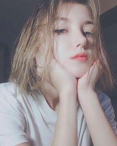 One more girl proving her beautiful short hair & - Uzzlang Girl - Mode Kawaii, Kawaii Girl, Uzzlang Girl, Girl Face, Hey Girl, Japonese Girl, Pretty Girls, Cute Girls, Western Girl