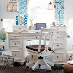 teenage wooden desk with drawers