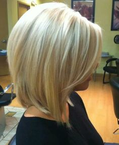 Oh my, check out this hair color = pretty for sure, love the cut too.