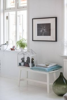 Scandinavian interior, check out the rest of this beautiful house at - Roomed | roomed.nl