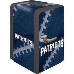 Boelter New England 15q Portable Party Refrigerator, Team