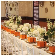 Tablescape with mixed white flowers