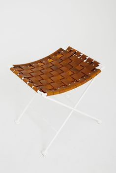 Leather woven seat by Yeah! furniture